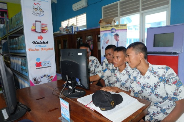 Fasilitas Internet dan Digital Library